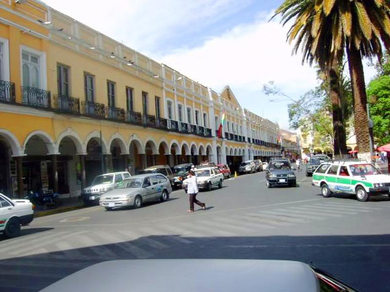 calles 2 en plaza principal de cbba