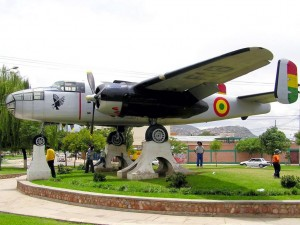 rotonda popular llamada el avion en cochabamba