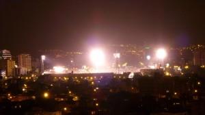 vista nocturna del estadium feliz capriles en cochabamba