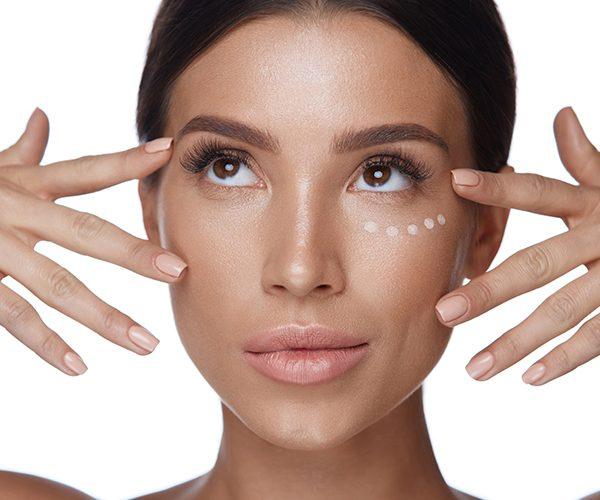 Elimina las manchas en la cara causadas por el sol