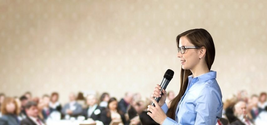 ¿Cómo hablar en público sin ponerse nervioso y lograr impacto?