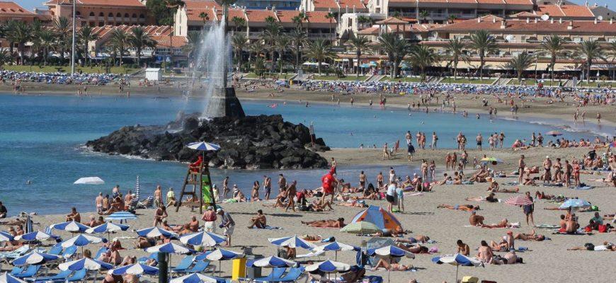 Viaja y descubre el encanto de la isla de Tenerife